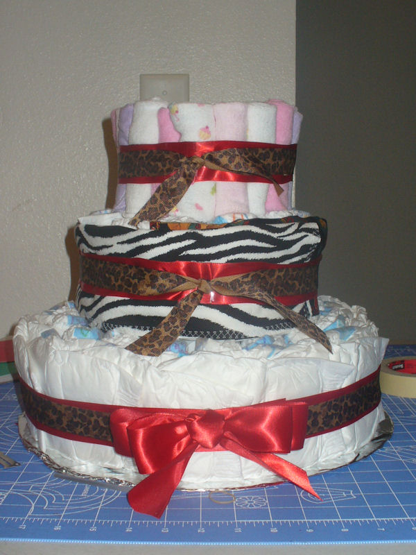 Diaper cake without embellishments