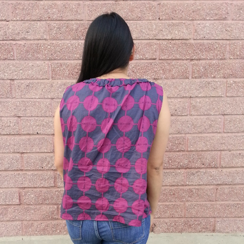 Shot of the back. Excuse the wrinkles; the pictures were taken in the evening and I have been wearing the top all day.